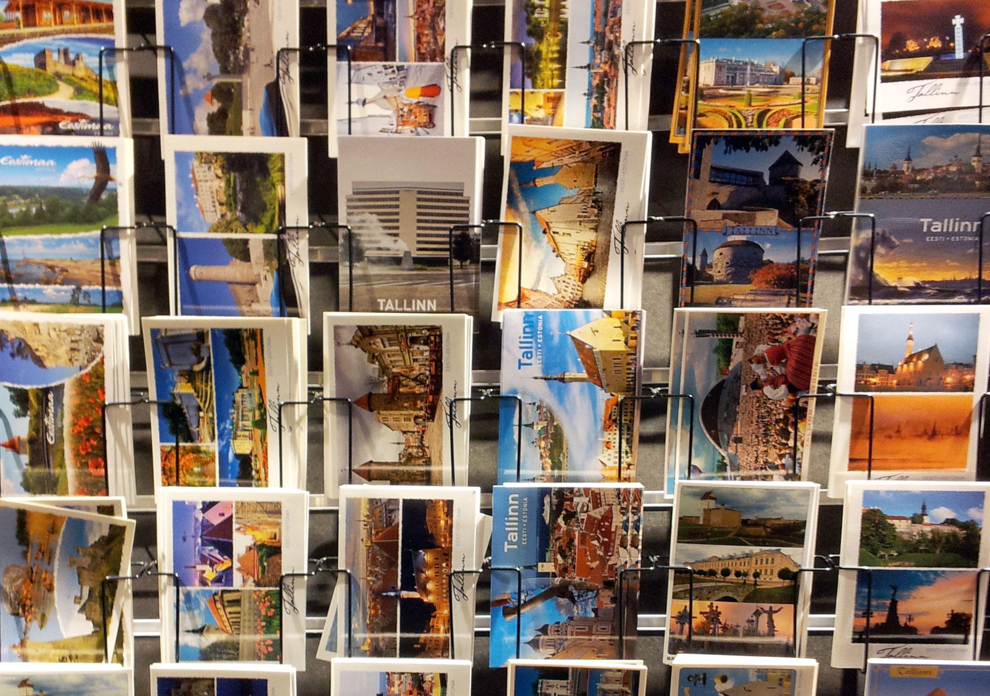 Selling-postcard-02-(c)-Kadri-Klementi